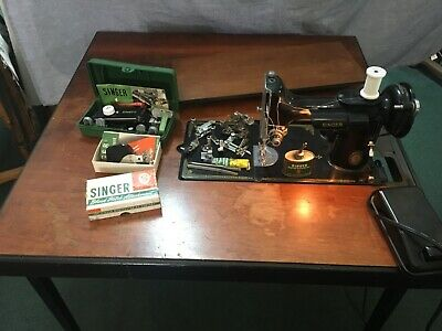 Singer Featherweight 221 Sewing Machine & Folding Table SoCal PU only 92866