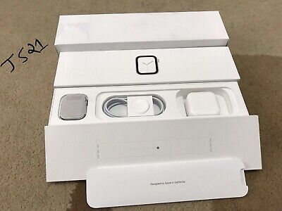 Apple Watch Series 4 - 40mm - New - Silver (VAT RECLAIMABLE)
