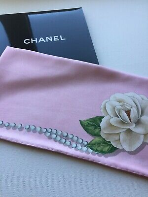 New Authentic Chanel Camellia Alba Print Light Pink Pearl 100% Silk Twill Scarf