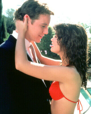 Fast Times At Ridgemont High Judge Reinhold Phoebe Cates In Bikini 8x10 Photo