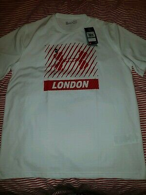 Under armour Tshirt . Brand new with tags