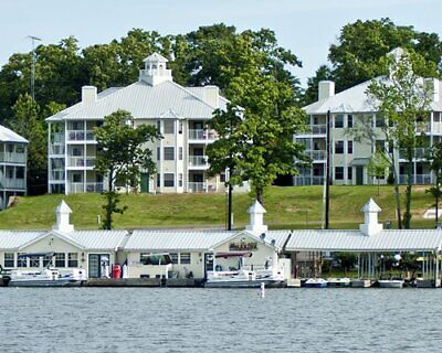 Holiday Inn Vacations Villages Resort ~ 2 Bedroom Annual ~ Timeshare For Sale