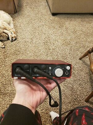 Focusrite Scarlett 2i2 Recording Interface, lightly used. US Domestic only