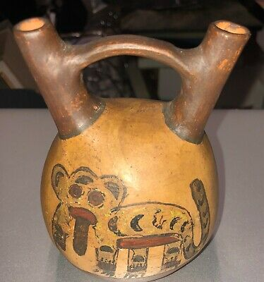 Rare Paracas Pre Columbian Peruvian Pottery Double Spou & Bridge Vessel