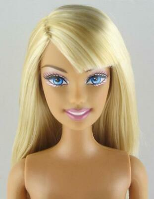 Nude Barbie .. Blonde Hair Blue Eyes Belly Button Body Knees Bend