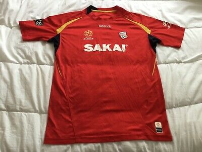 Adelaide United men's soccer jersey Reebok red medium A League vintage