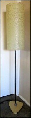 Fantastic Retro Vintage 1960's Daydream floor lamp with original parchment shade