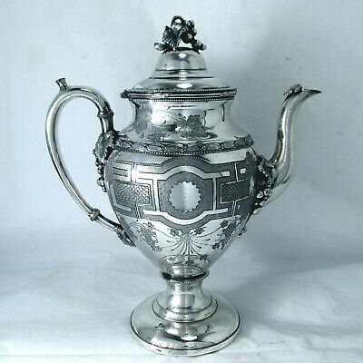 1865 Aesthetic Neoclasssic Greek Chased Grape Meriden B. Companyteapot 50 Oz.