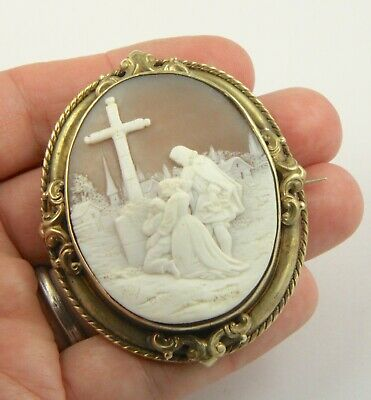 Large antique Victorian c1890 superb Italian shell cameo gilt metal brooch pin
