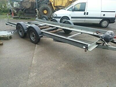 Brian James car transporter trailer with 12V electric winch