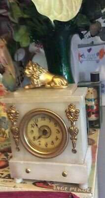 Antique Onyx Or Alabaster   Clock For Restoration  Or Parts