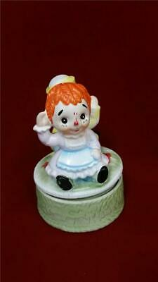 "Vintage Raggedy Ann & Andy Rotating Music Box - ""This Old Man"""