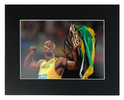 Usain Bolt Autograph - Signed Olympic Gold Medal Photo Display +COA