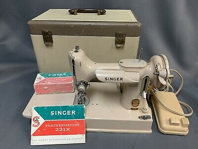 Vintage Singer 221K Featherweight Sewing Machine Tan/Beige w/ Case Needs Tune-up