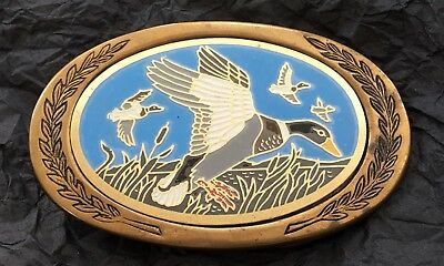 VTG DUCKS WATER FOWL BIRDS Solid Brass Sportsman Hunting Wildlife BELT BUCKLE
