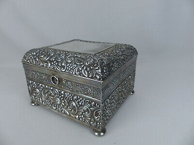 Ornate Antique Silver Plated Jewelry Trinket Box Silver City Meriden Conn ca1900