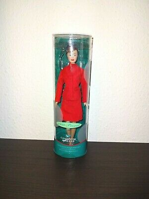 Stewardess Cathay Pacific 1999 - present Barbie Puppe - OVP - NEU / TOP