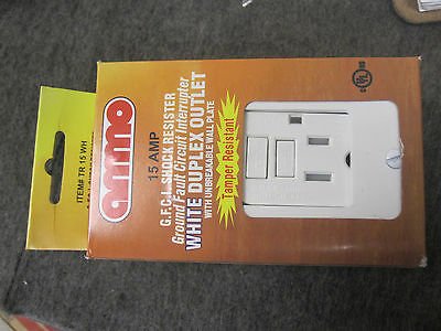 2 AMMO TR-15-WH G.F.C.I. SHOCK RESISTER WHITE DUPLEX OUTLETs 15 AMP