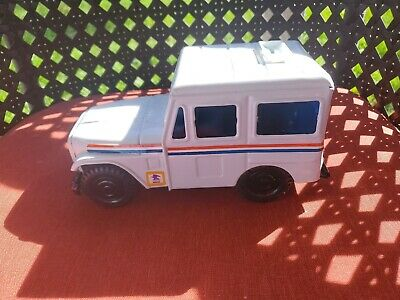 Vintage Western Stamping Corp. Metal U.S. Mail Post Office Jeep Coin Bank USPS