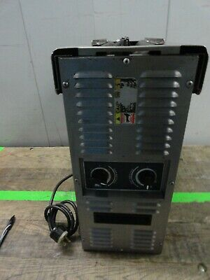 AJ Antunes Roundup VCT-2010 Commercial Vertical Contact Toaster