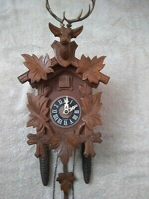 Black forest cuckoo clock mechanical 30 HR excellent working condition