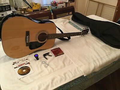 Fender Acoustics Guitar Fa-115 Dreadnought With Soft Case And Some Accessories