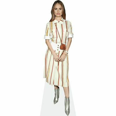 Debby Ryan (Midi Dress) tamano natural