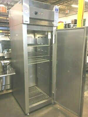Heat Holder Cabinet McCall Refrigeration Commercial 27'' x 33.5'' x 82''H, 115 V