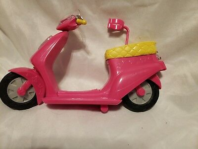Barbie Scooter Moped Pink Mattel Doll Barbie Figure Included 2012 Yellow White