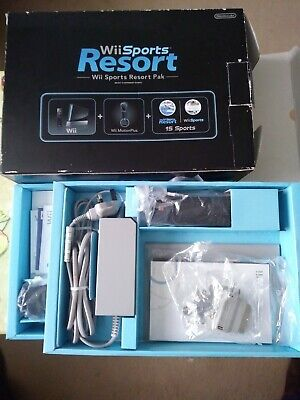 Nintendo Wii Box in Black with Inserts, Controller And Disks *No Console* VGC