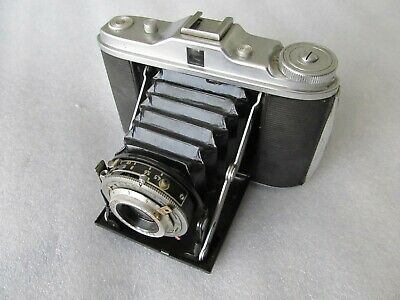 Vintage 1940's, Agfa Isolette, compact folding 120 film camera