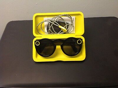 Snapshot spectacles sunglasses with case and charger