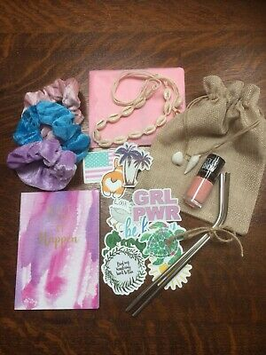 Cute VSCO Pack | Necklace, Metal Straws, Scrunchies, Stickers, Nail Polish
