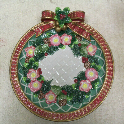 """Fitz And Floyd Classics """"Christmas Wreath"""" Plate With Red Bow - 9"""" Diameter"""