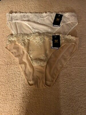 Wacoal Embrace Lace (2) Size XL Panties In (Delicious White & Sand) Msrp $ 27 Ea