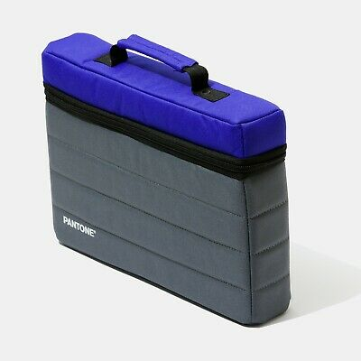 PANTONE Portable Studio Custodia NEW style. Protects from light and other damage