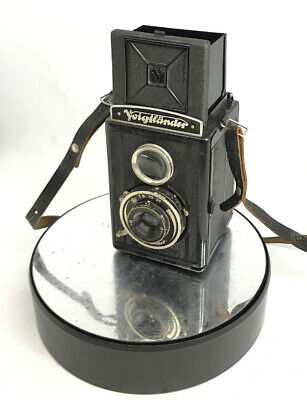 Vintage German Brillant Voigtlander TLR Heliar 1:3.5 F=7.5cm Camera with filter