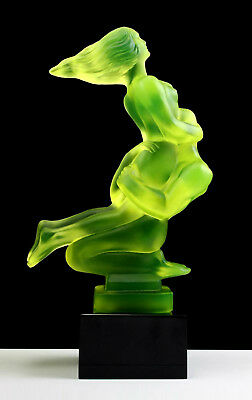Art Deco 1930' Vaseline Glass ' Lovers ' Car Mascot Sculpture H.Hoffmann