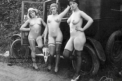 1920s Erotic Nude Flapper Girls Smoking PHOTO Prohibition Era Car Stockings