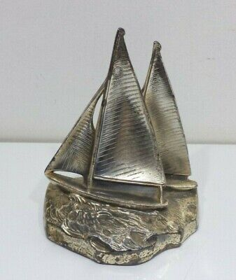Vintage PMC 64 B Heavy Metal Sailboats Nautical Ship Boat Statue Book End
