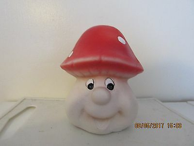 "Latex mould mold of a funny face  toadstool/mushroom   5"" x 4"" x 4"""