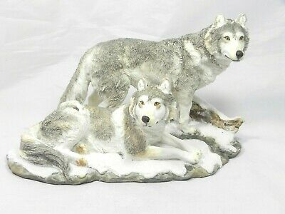 Couple Wolf Wolves Pair Resin Figurine Wildlife Statue Timberwolves Great Detail