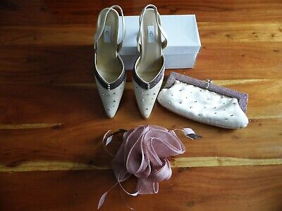 All CC ladies, wedding, clutch, fascinator, size 6 shoes boxed pearl (pink) .