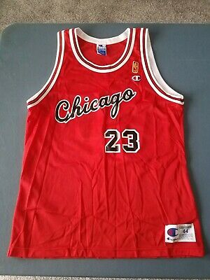 Michael Jordan 23 Chicago Bulls Throwback Champion Men's Jersey Size 44 Vintage