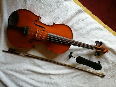 Full Size Viola with bow, chin rest, shoulder rest and case