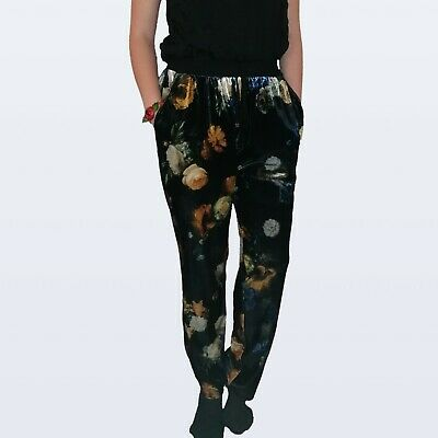 River Island size 8 floral velvet trousers Super comfy high waisted