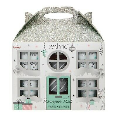 Technic Festive Pamper Pad Toiletry Set