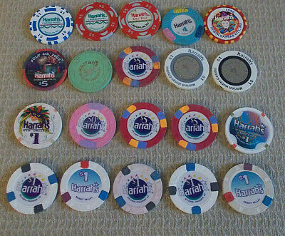 LOT OF 20 MIXED DENOM. CASINO hotel gaming poker chips ~ ALL HARRAH'S  (#1d)