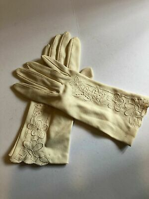 Vintage Gloves Light Beige Personality 100% Nylon Made in Hong Kong Size 6.5