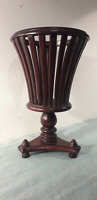 Reproduction Mahogany Georgian Victorian Style Pedestal Reticulated Planter